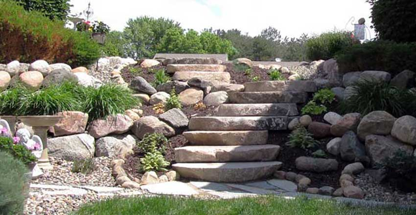 Hasil gambar untuk Types of Landscaping With Natural Stone